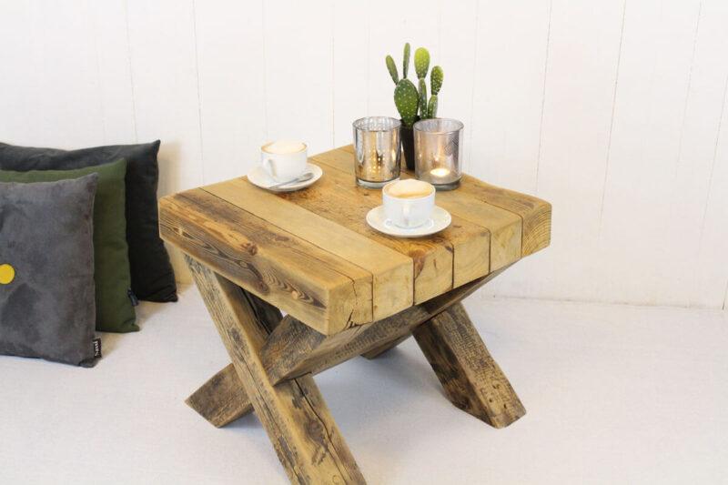 Sofabord natural med krydsben