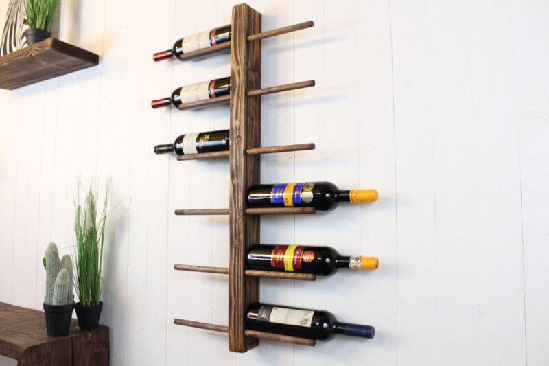Vinreol væg 12 flasker lysebrun
