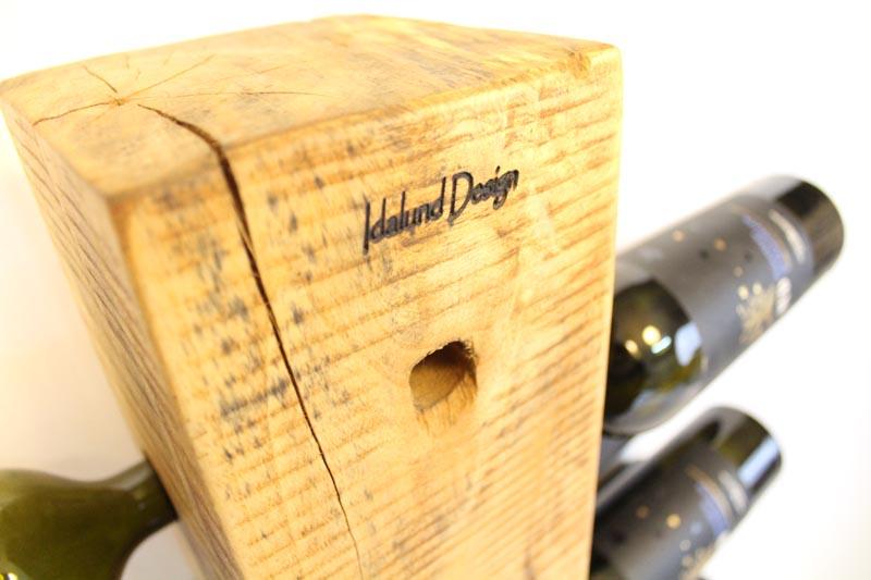 Vinholder til gulv med plads til 20 flasker. fra Idalund Design Dansk produceret af genbrugstræ.