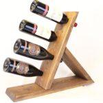 Bord vinholder i træ med plads til 4 flasker. Idalund Design.