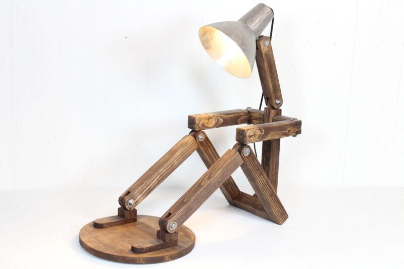 Stor lampe mand med fod